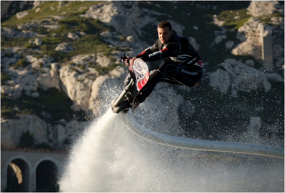 photos-hoverboard-aquatique