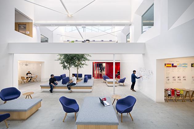 decoration-interieur-bureaux-Beats-By-Dre