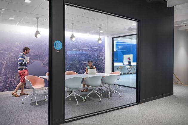 salle-conference-bureaux-Beats-By-Dre
