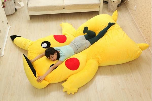 lit-Pikachu-pokemon-2