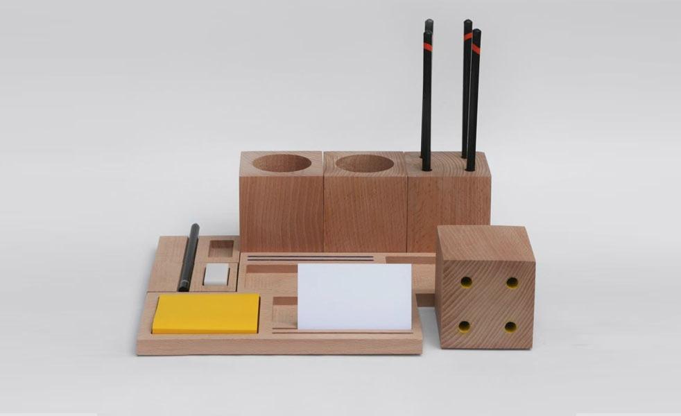 rangements en bois minimalistes pour organiser votre bureau. Black Bedroom Furniture Sets. Home Design Ideas