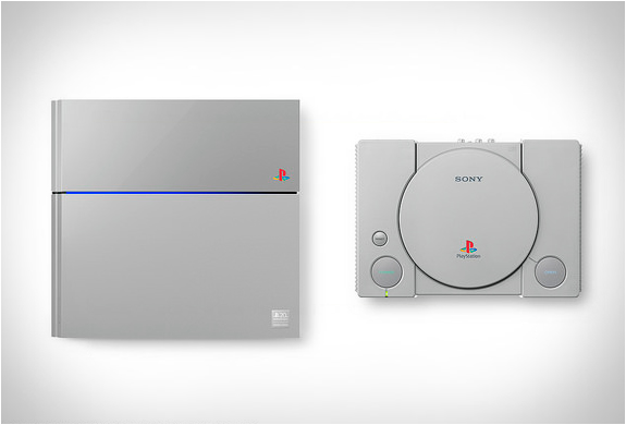 PS4-Original-Grey-2