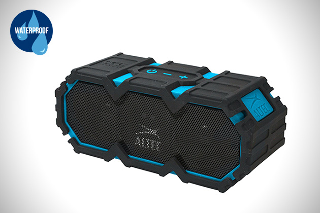 enceinte-waterproof-Altec-Lansing-Life-Jacket