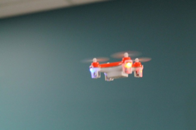petit-Drone-quadricoptere