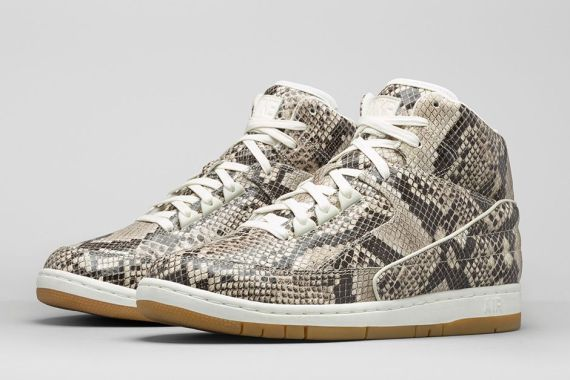 baskets-nike-air-python-premium-02