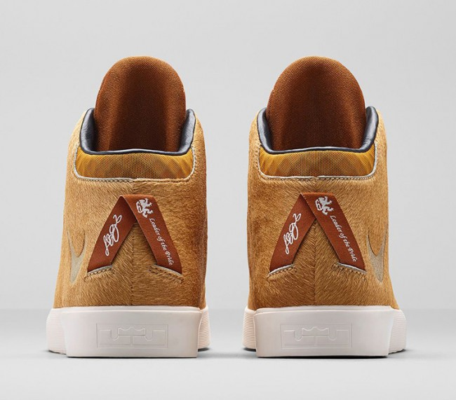 chaussures-nike-lebron-lion-04
