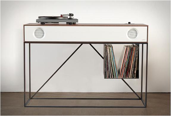 Console design pour platine vinyl et haut parleurs int gr s - Platine vinyle design ...