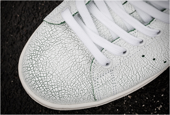 Baskets-adidas-stan-smith-cracked-leather-2