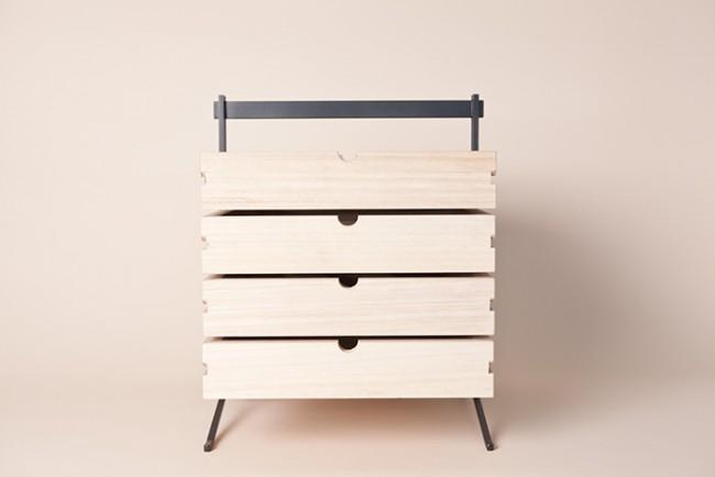 Boite à outils en bois et acier