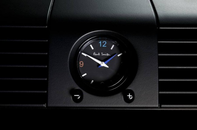 paul smith x land rover defender 7