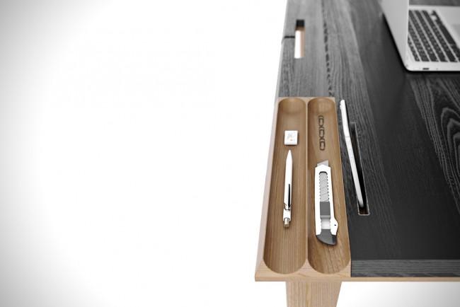 Bureau en bois avec rangement