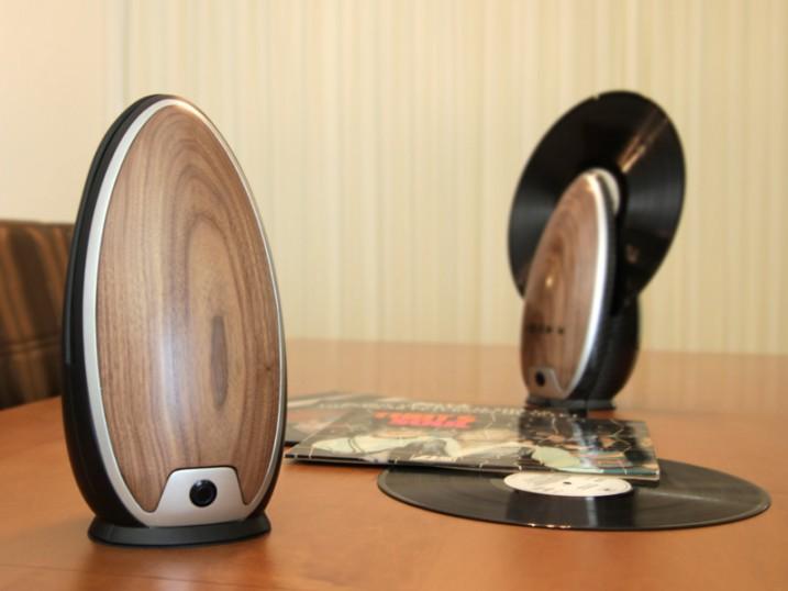 Tourne disque verticale en bois