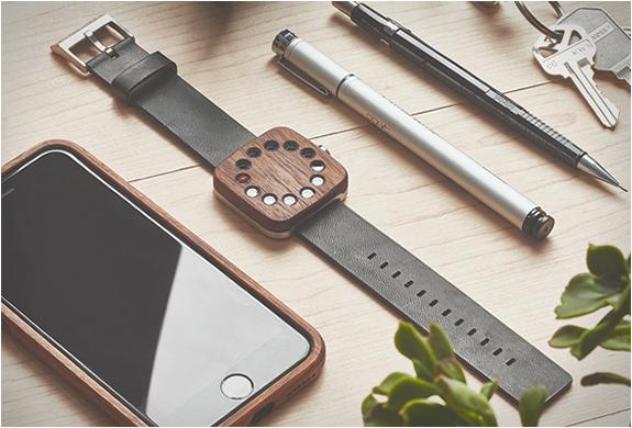 montre minimaliste bois