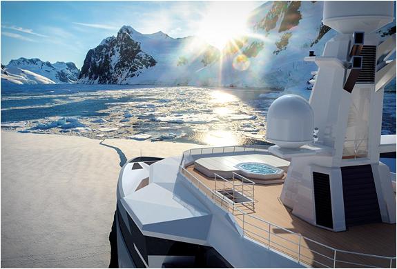 Piscine Yacht