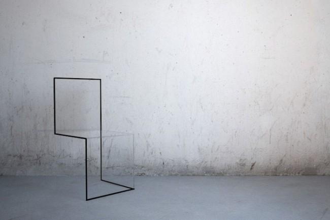 chaise design transparente