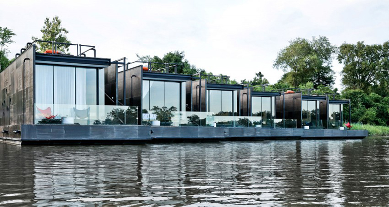 maisons flottantes x float en thailande. Black Bedroom Furniture Sets. Home Design Ideas