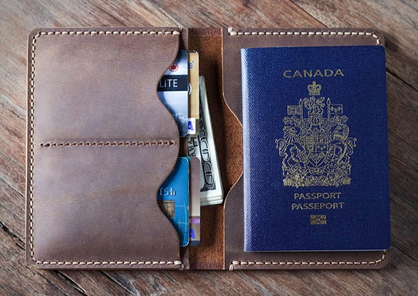 etui-passport-cuir