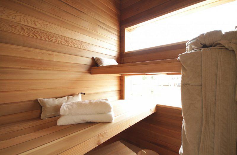 sauna-houseboat